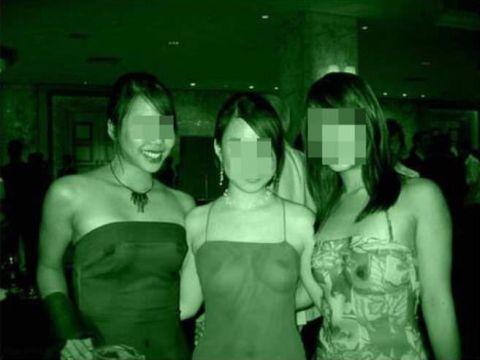 【赤外線盗撮】日本の技術すげぇwww赤外線カメラの透過率がとんでもないレベルになってるぞwww