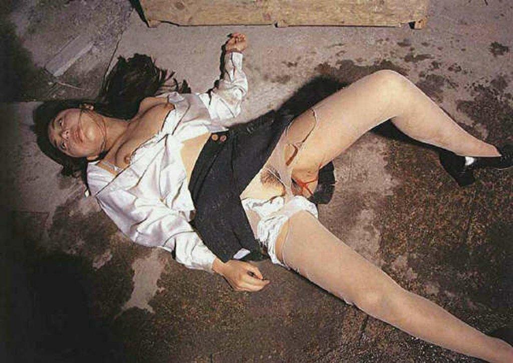 【レイプ事後画像】これが本物のヤリ捨て女wwwレイプ被害に遭った女の事後がアウト過ぎるwwww その14
