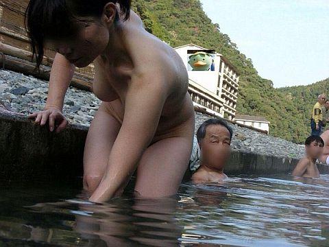 【画像】混浴の女さんエッチすぎwwwwww